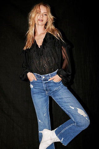 HIGH SLIM STRAIGHT- LEG JEANS
