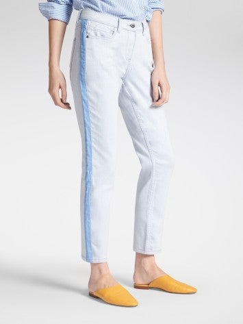 SKINNY HIGH WAIST- SLIM FIT JEANS WITH PIPING
