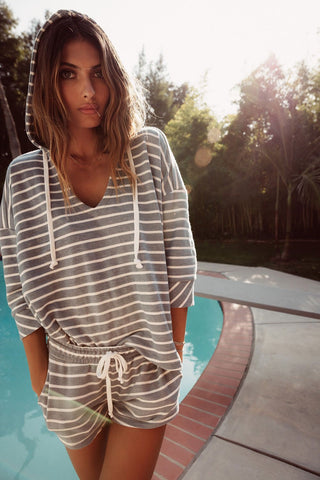 FRENCH TERRY STRIPED 3/4 SLEEVE SIDE SLIT PULLOVER HOODIE