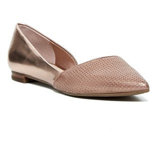 Guess Sagge Flat - Nica's Clothing & Accessories - 1
