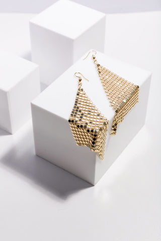 Holiday Tyra Earrings Gold