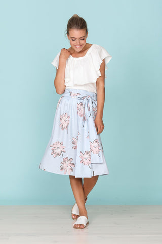 Brave + True Cafe Skirt Bloom - Total Woman Total Home