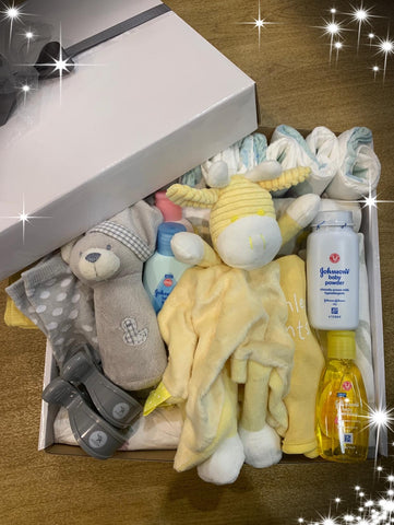 Deluxe Baby Gift Box Lemon/Grey - Total Woman Total Home