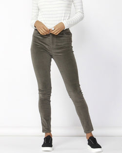 Betty Basics Logan Corduroy Pant Khaki - Total Woman Total Home
