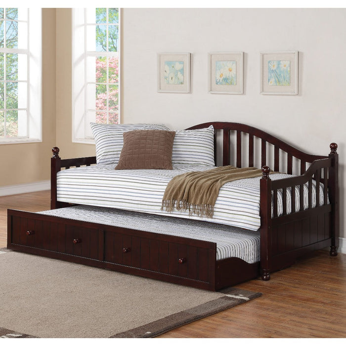 Axton Daybed w/ Trundle