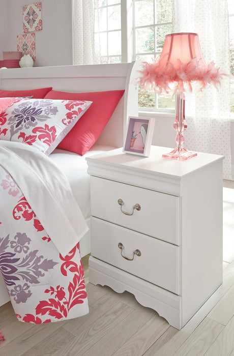 Anarasia  Sleigh Bed - White