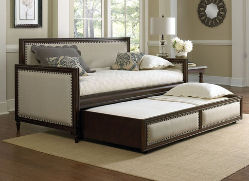 Grandover Daybed