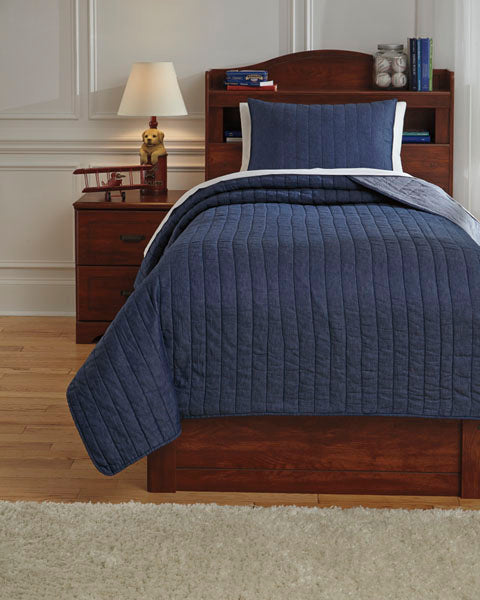 Capella Quilt Set in 2 Sizes