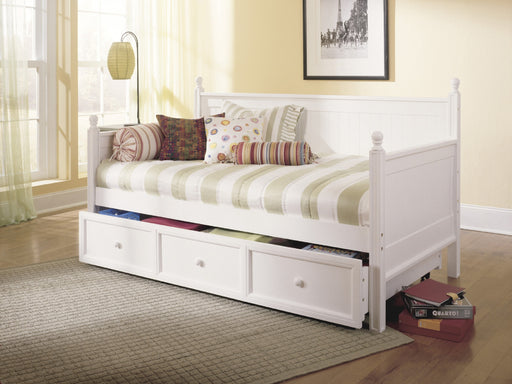 Casey Daybed with Trundle in 2 finishes