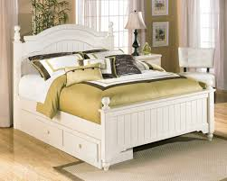 Cottage Retreat - Poster Bed with Under Bed Storage - Cream Cottage