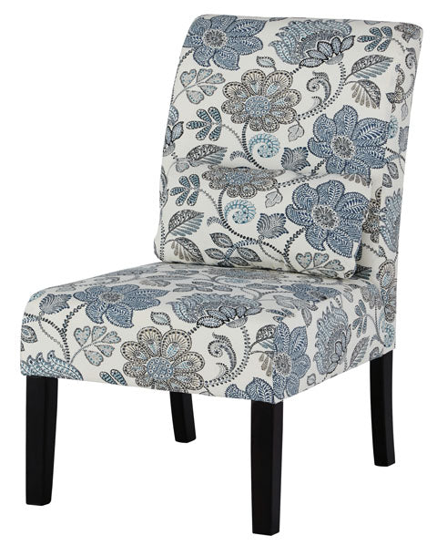 Sesto Accent Chair in 4 Colors
