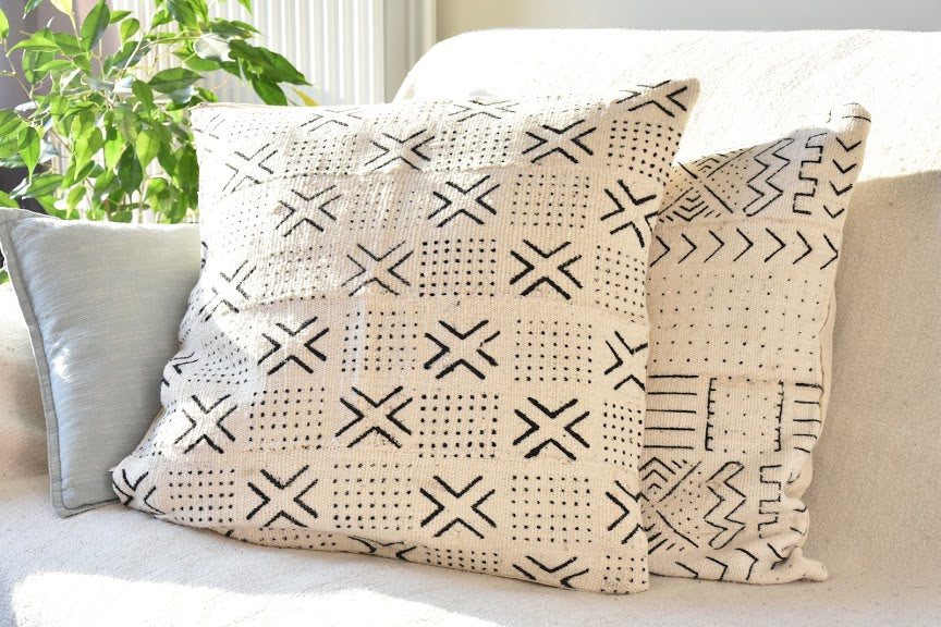 Mudcloth Bogolan pillowcase - White cross