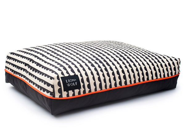 Half Moon Dog Bed - Charcoal | bob+BEAR