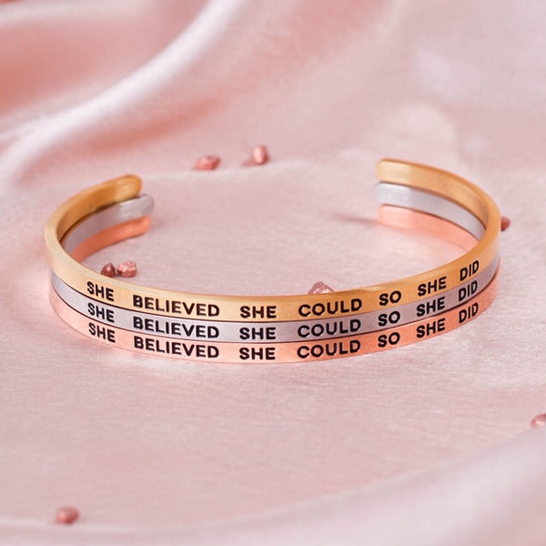 SHE BELIEVED SHE COULD BRACELET SET - Decorus Collection