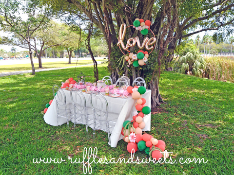 love balloon, balloon garland, bridal shower, engagement