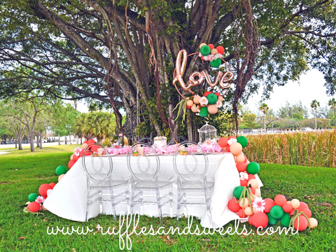 miami balloons, balloon garland, love balloons, party supplies