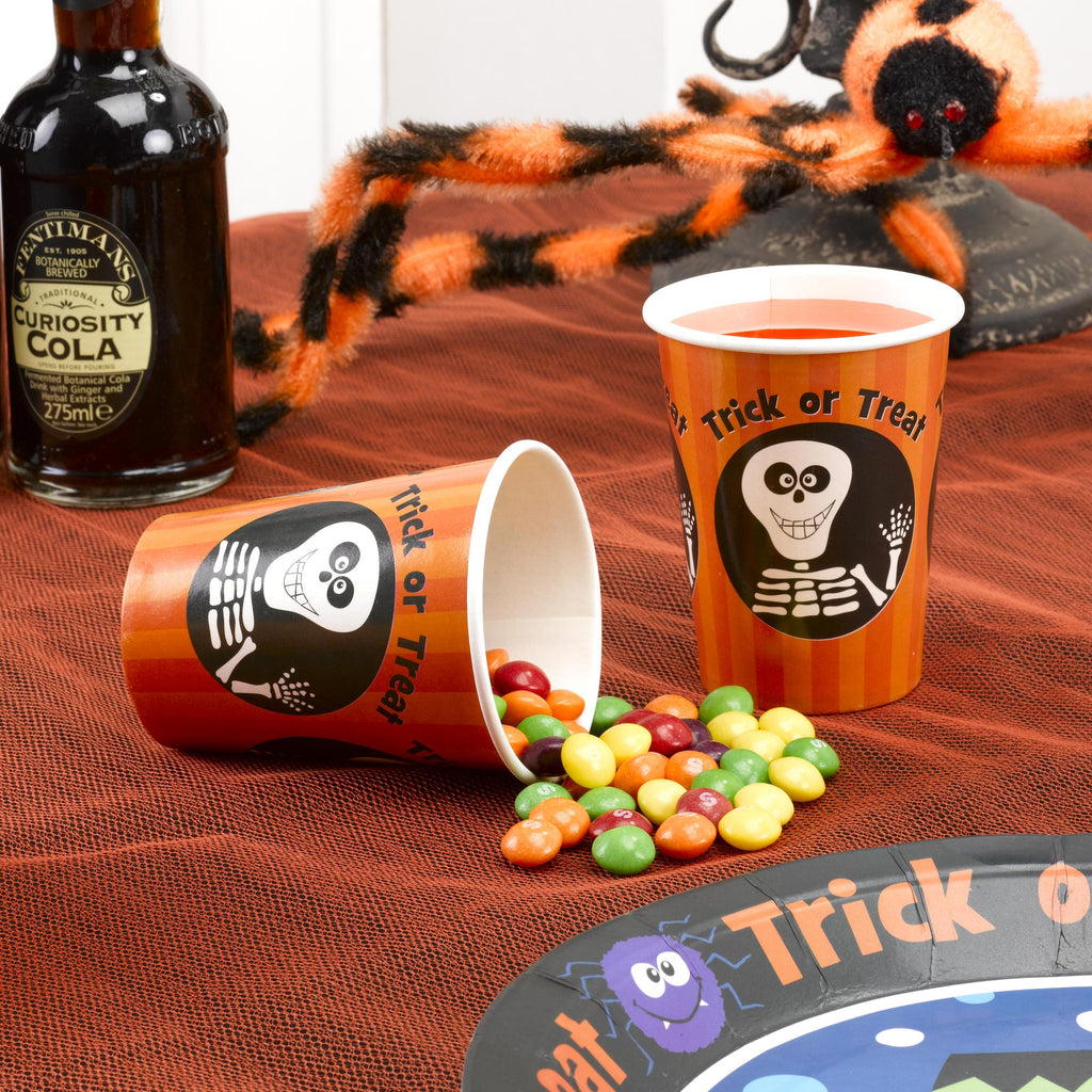 Trick or Treat 8 Cups
