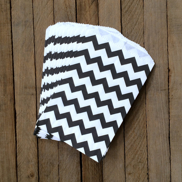 25 Candy Bags - Black Chevron