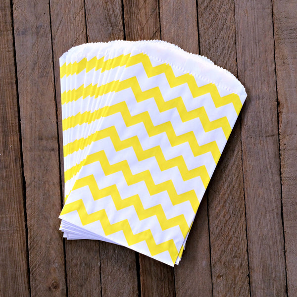 25 Candy Bags - Yellow Chevron