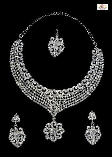 Pankhuri shaped ADjewel set