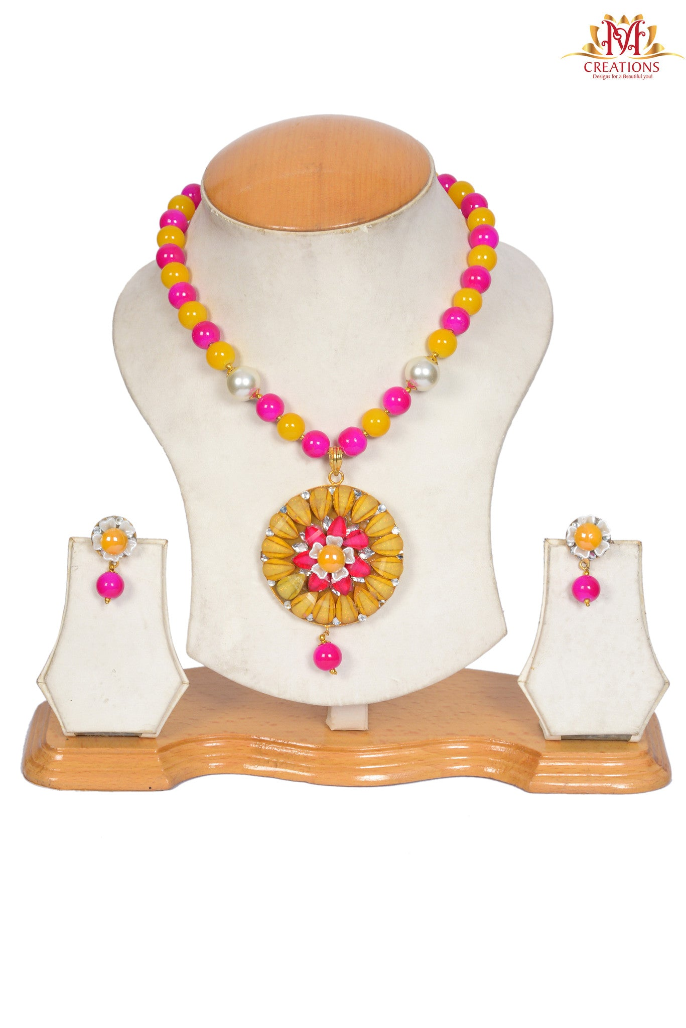 Yellow and pink stone set