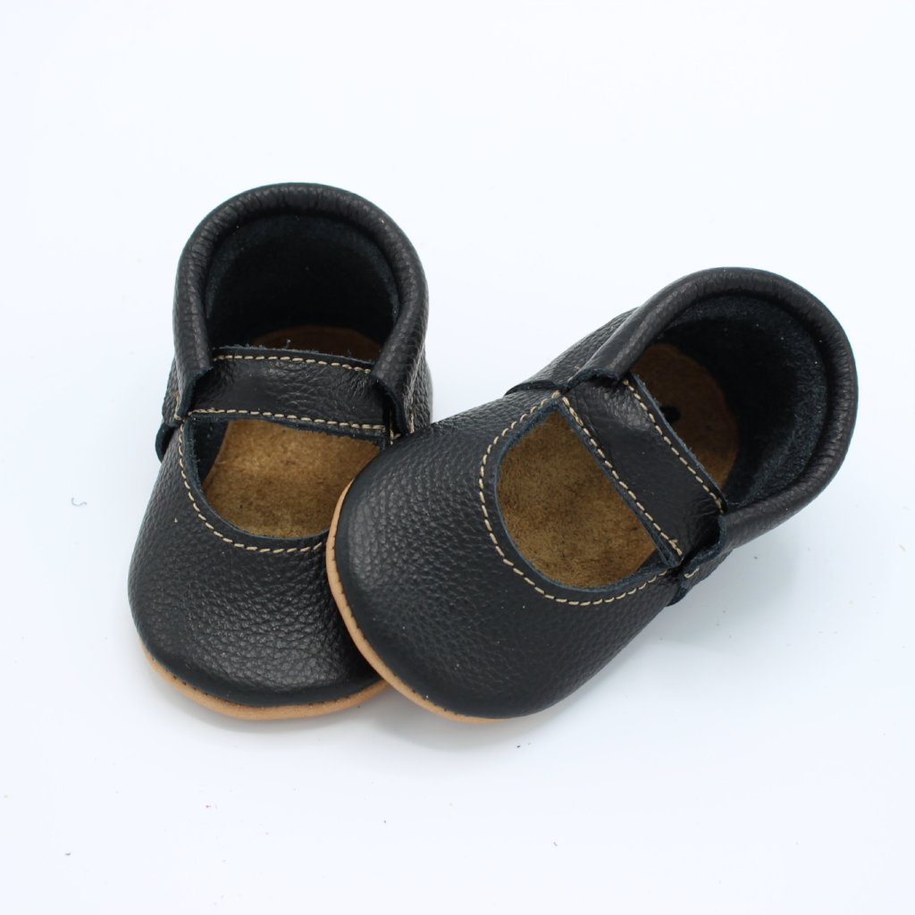 Black Simple Mary Janes - Posh Panda