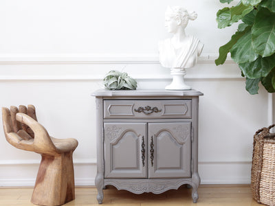 Shabby Chic Vintage Gray Night Stand / Side Table / End Table Single 70 - ShopGoldenPineapple