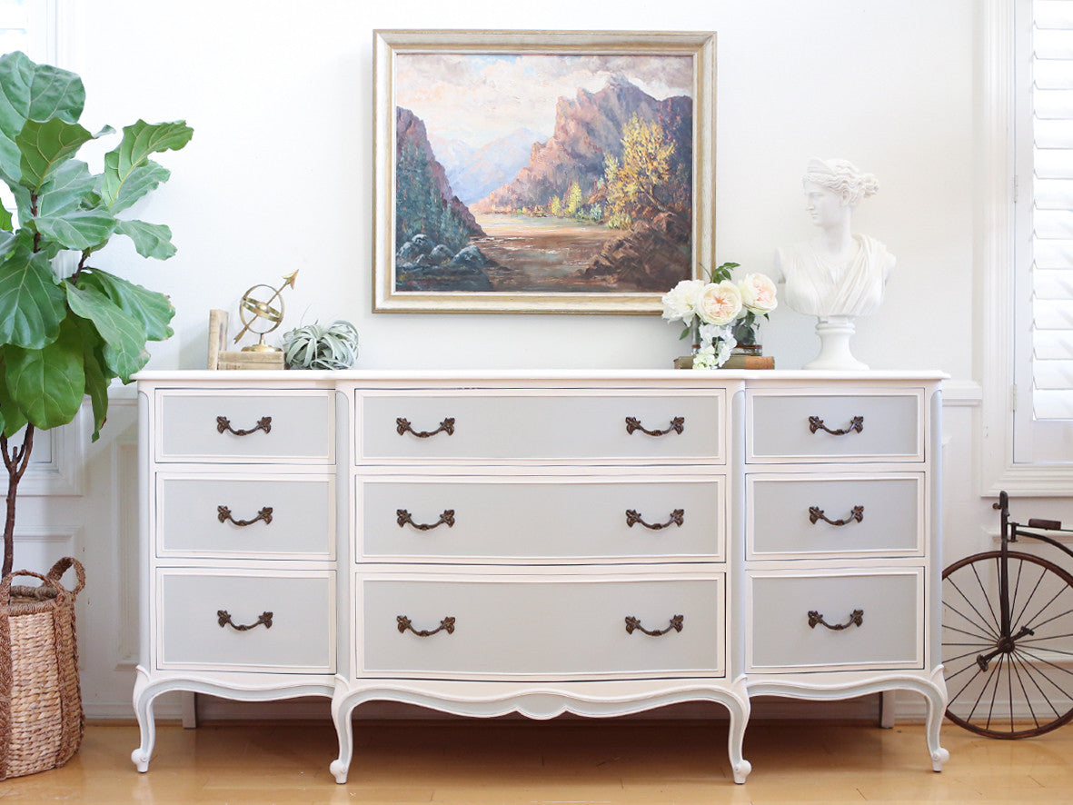 Drexel Shabby Chic French Provincial Vintage Dresser Buffet