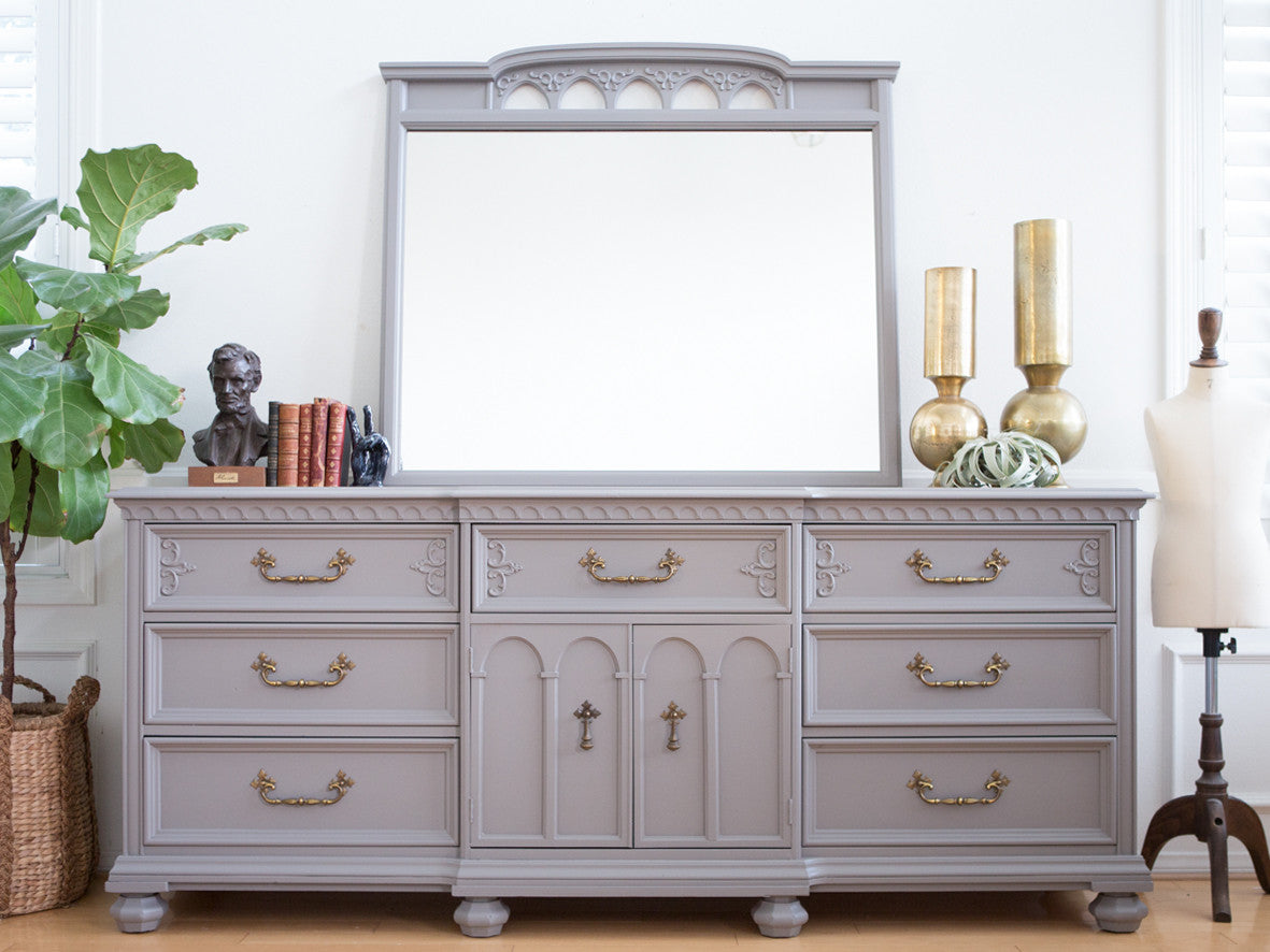 Vintage French Provincial Ornate Shabby Chic Dresser With Mirror In