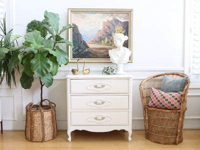 Shabby Chic Vintage White Single NightStand / Side Table / End Table No 531 - ShopGoldenPineapple