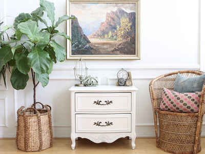 Shabby Chic Vintage White Single NightStand / Side Table / End Table No 533 - ShopGoldenPineapple
