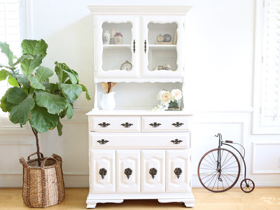 Shabby Chic French Provincial Vintage Hutch / Cabinet No 544-1 - ShopGoldenPineapple