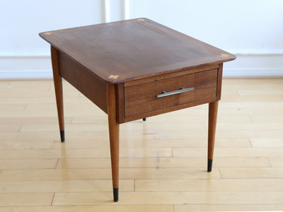 Mid-Century Modern Lane Side Table No 594 - ShopGoldenPineapple