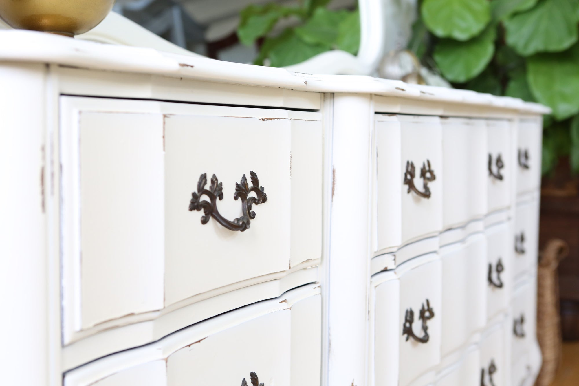 Shabby Chic French Provincial Vintage Dresser / Buffet Cabinet ...