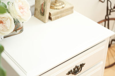 Shabby Chic Vintage White Single NightStand / Side Table / End Table No 343 - ShopGoldenPineapple