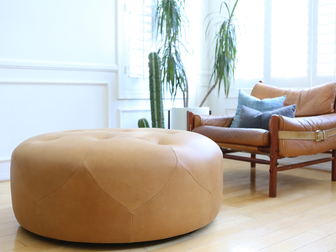 - Genuine Round Leather Ottoman / Coffee Table No 604