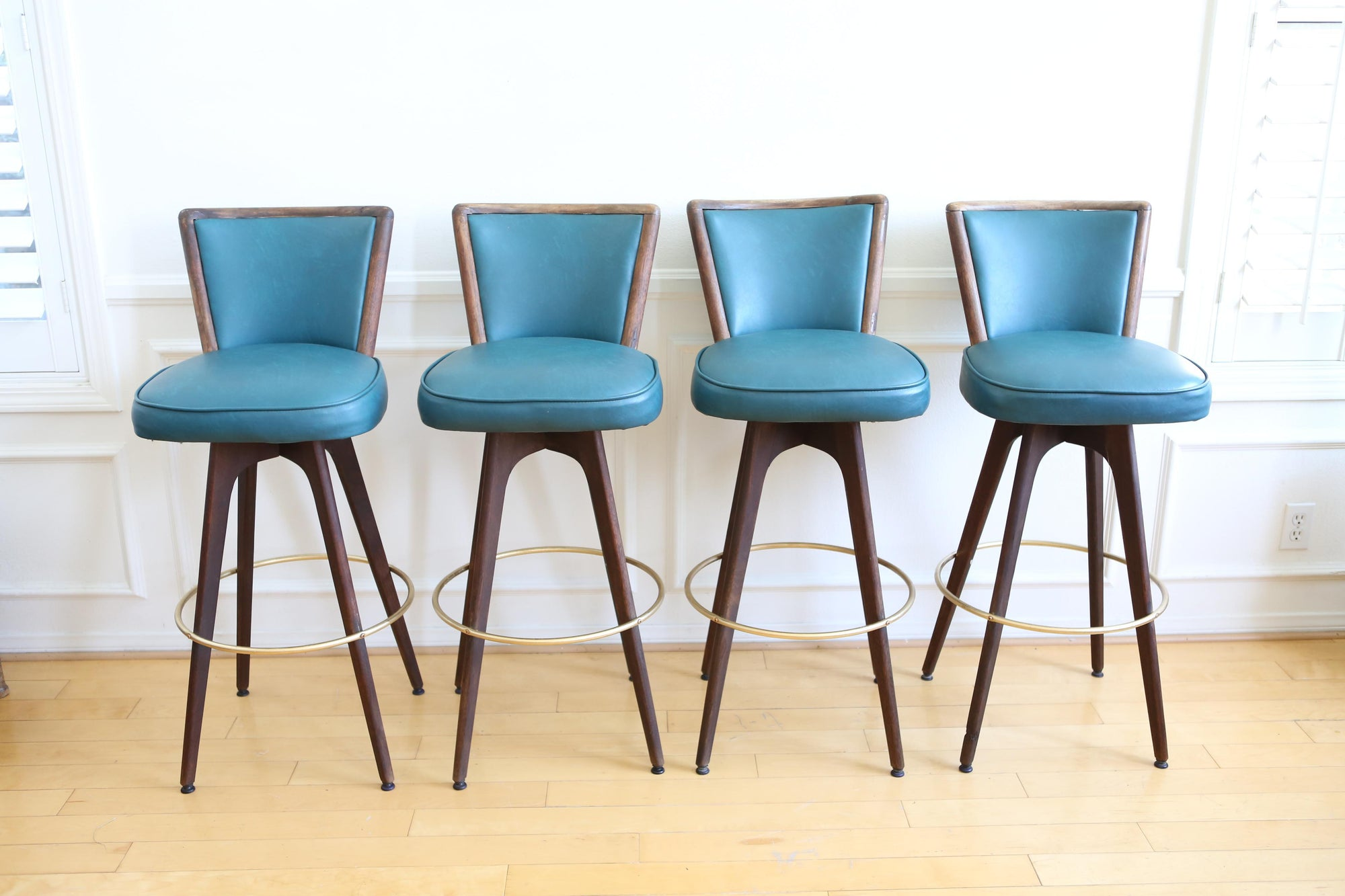 Surprising Mid Century Modern Vintage Swivel Bar Counter Stools Set Squirreltailoven Fun Painted Chair Ideas Images Squirreltailovenorg