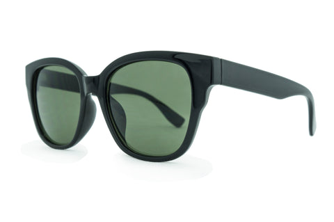 8122- C black  with Smoke Lens