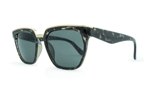 8125-c Grey Tort with Smoke Lens