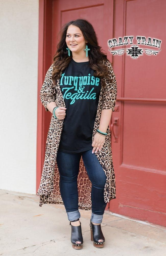 plus sized model wearing dixie duster and turquoise and tequila tee