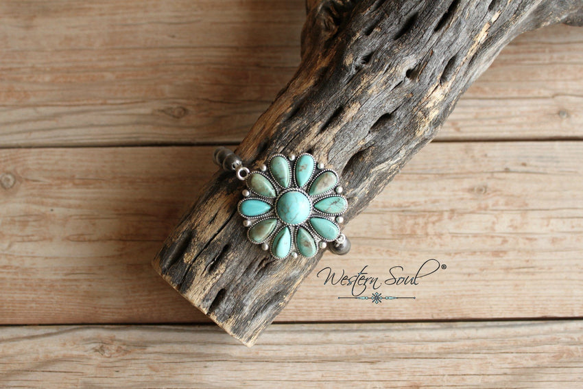 Turquoise Flowers and Pearls Bracelet