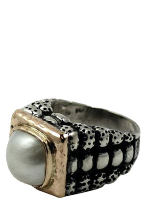 Rolled Sides Ring with Pearl