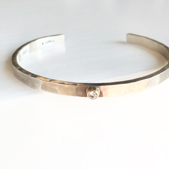 4MM Sterling Hammered Cuff with Single Diamond and Gold Bezel