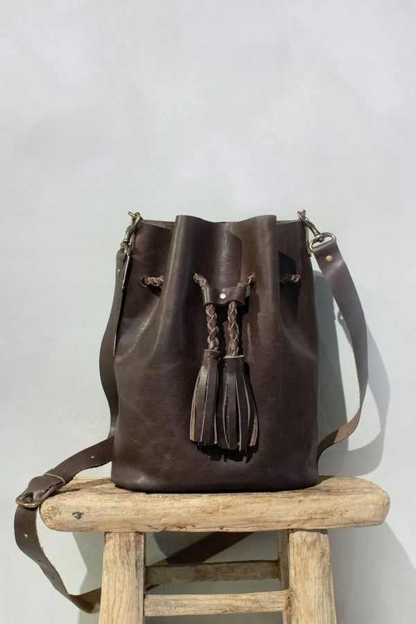 Bucket Bag<br>Medium Chocolate
