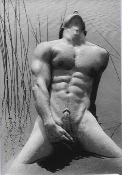 Erect in Water- Men's magnet