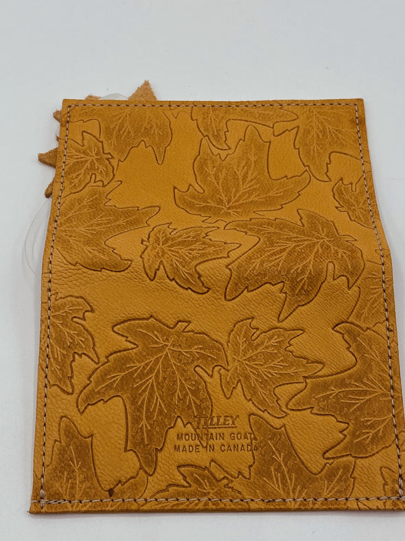 Tilley Mountain Goat Maple Leaf Bill Fold Money Clip Wallet Made in Canada True Canadiana