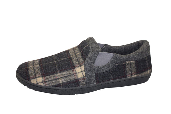 James Slipper by Foamtreads - Available in two colours!