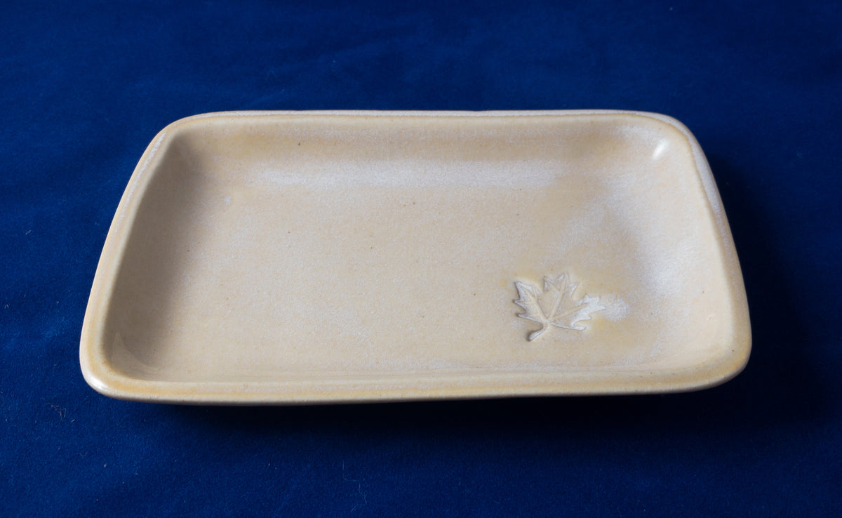 O Canada - small yellow tray