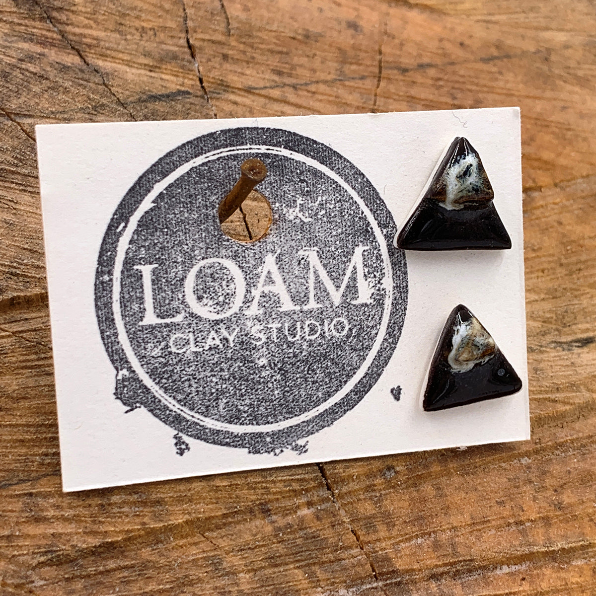 Triangle Black Silt Earrings