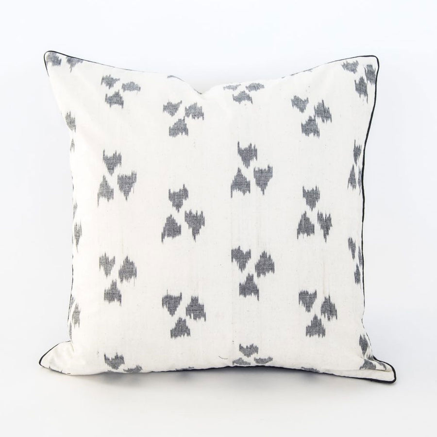 ITA Cushion White